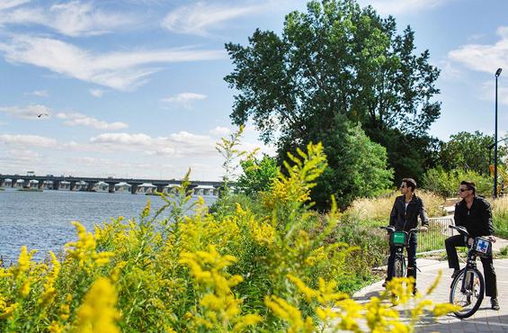Pointe Nord bike path