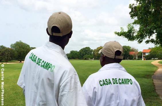 golf-republique-dominicaine-teeth-of-the-dog-caddies-zurbaines