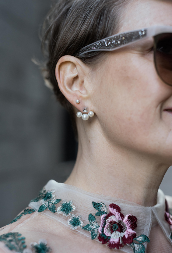 birks-rock-and-pearl-earrings
