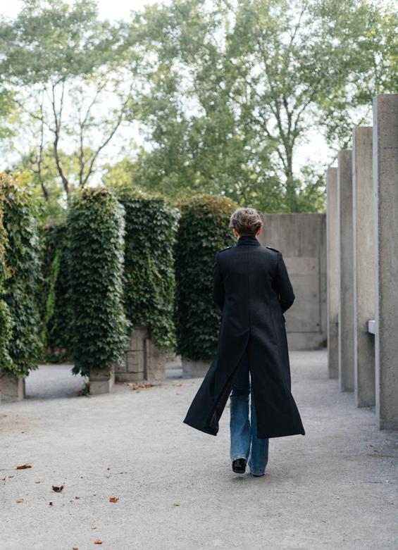sosken-studios-brianna-coat-10